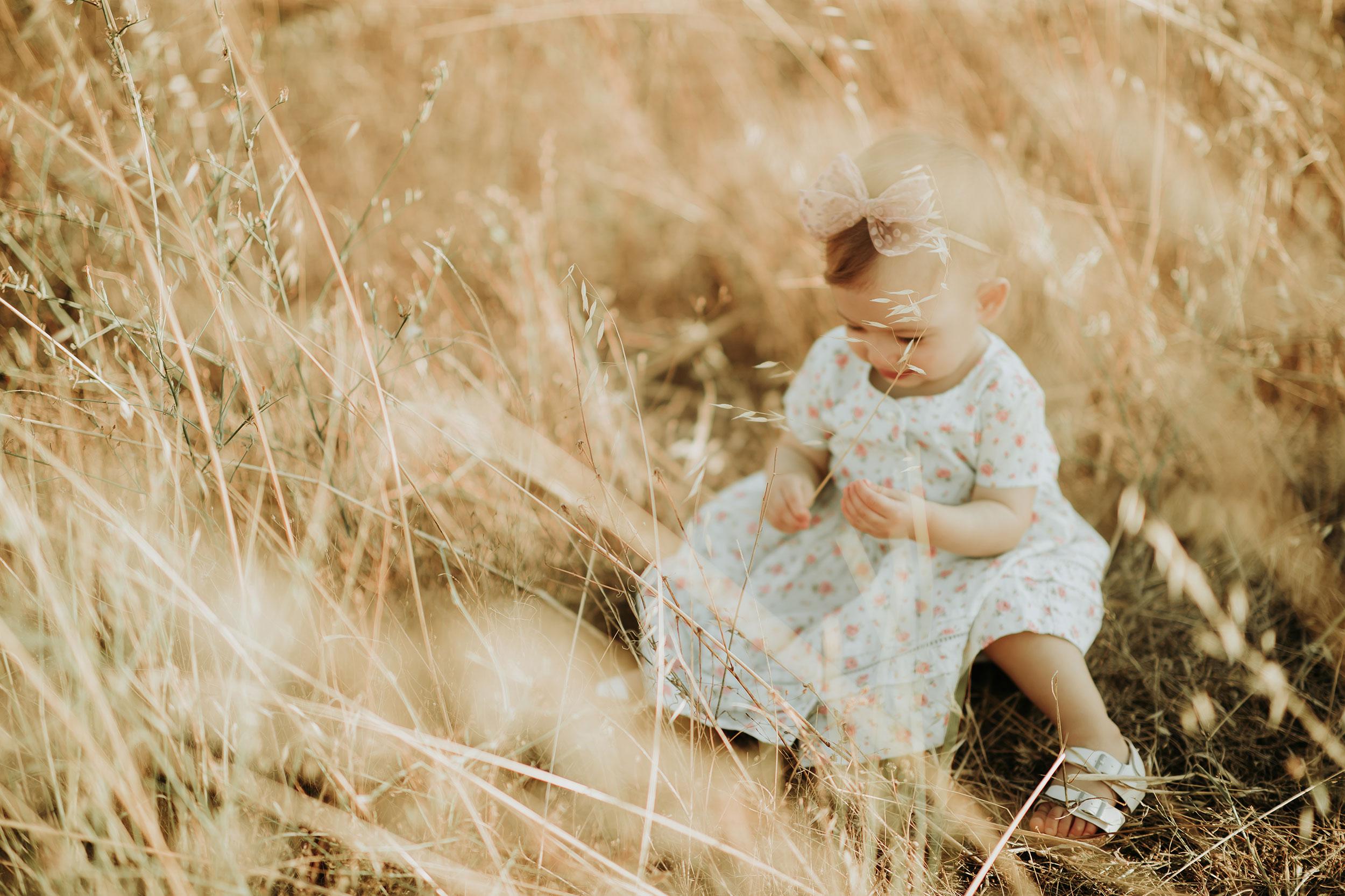 Baby's outdoor family photoshoot
